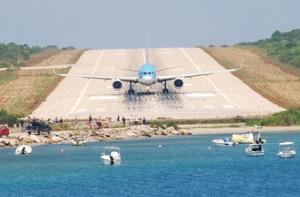 runway-behind-you